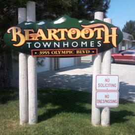 Beartooth Townhomes - Small monument sign